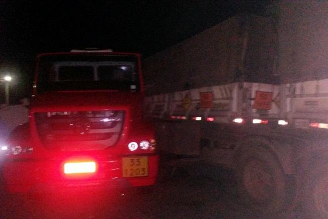 Em Livramento caminhão com placa de Brumado se envolve em acidente