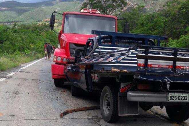 Dois acidentes são registrados em poucas horas no mesmo local da BA-148 na Serra Das Almas