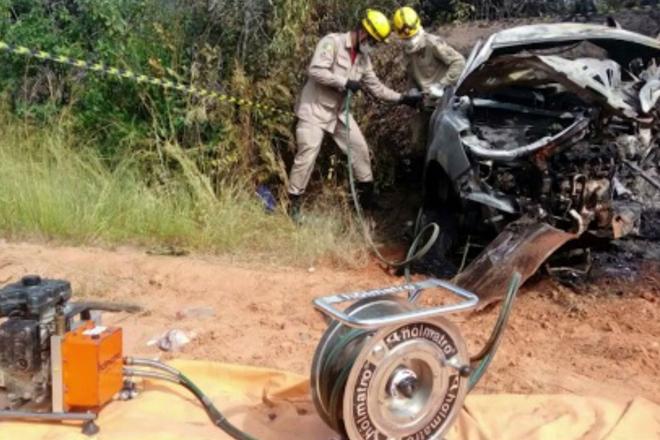 Acidente deixa quatro mortos na BR-349; uma das vítimas era um bebê