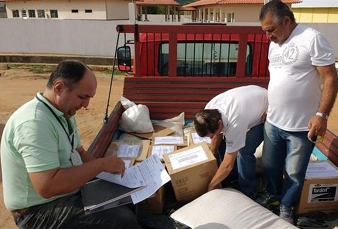 ADAB apreende agrotóxicos sendo comercializados em feira livre de Jussiape