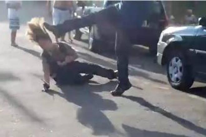 Homem que agrediu delegada e segurança tem liberdade negada e é indiciado por cinco crimes