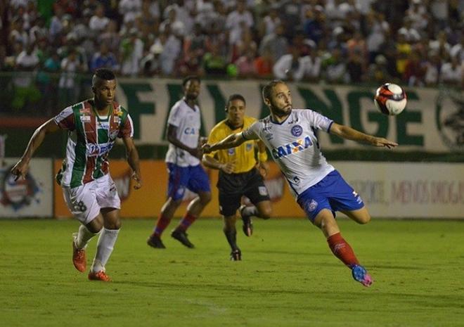 Fora de casa, Bahia goleia Fluminense de Feira e encaminha vaga na final do Baianão