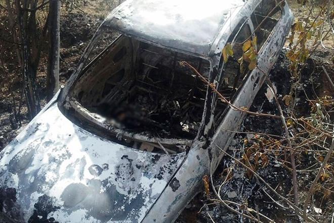 Corpos são achados carbonizados dentro de carro incendiado na BR-101