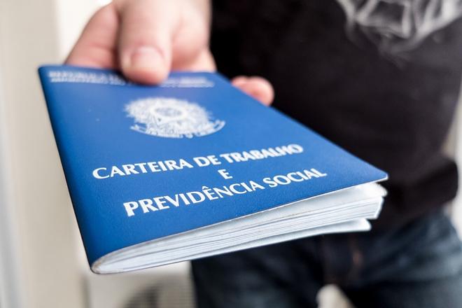 De cada três novos desempregados no mundo em 2017, um será brasileiro