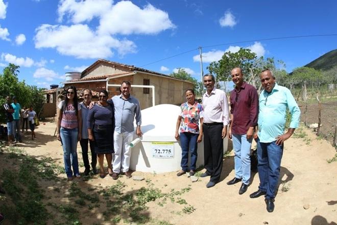 Governo entrega 840 cisternas para comunidades rurais do interior do estado