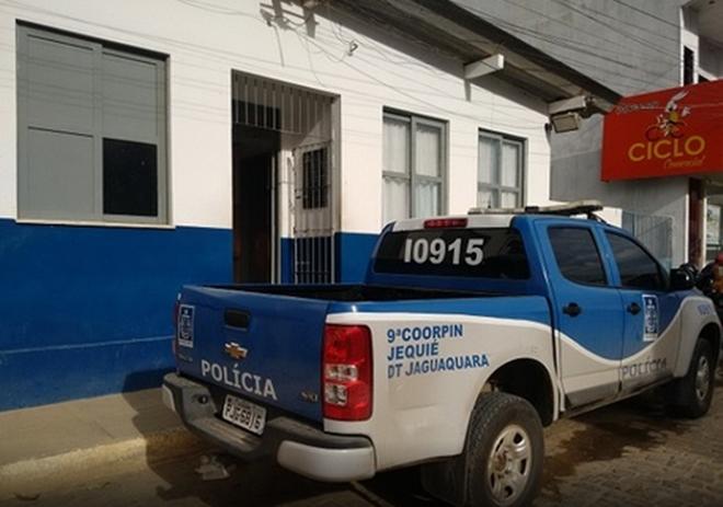 Jaguaquara: Presos fogem de Delegacia após abrirem buraco na parede