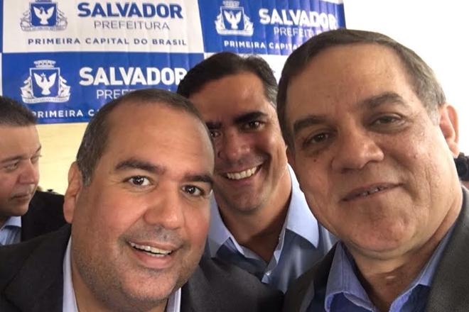 Deputado Luciano Ribeiro prestigia comemoração de emancipação política de Salvador