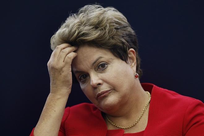 Defesa de Dilma pede prazo maior para análise de material enviado pela PF ao TSE