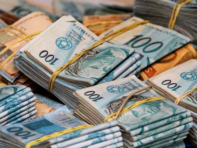 Mega acumula e bate R$ 20 milhões; Quina sorteia hoje R$ 7 milhões