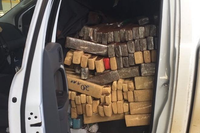 Secretaria da Segurança Pública e Policia Federal apreendem cerca de 1,5 toneladas de maconha em Conquista