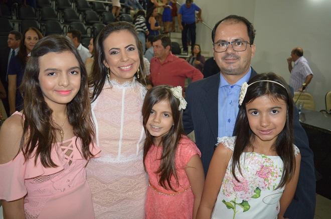 Mensagem de Natal do prefeito eleito de Jussiape Drº Eder Jakes e familia