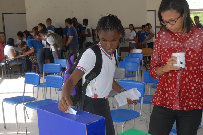 Começam na segunda-feira as eleições para o Colegiado Escolar nas escolas estaduais