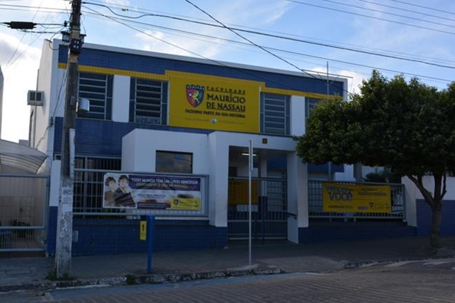 Faculdade Maurício de Nassau realiza Vestibular em Livramento