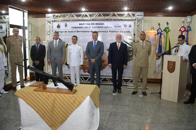 SSP recebe reforço de 100 fuzis da Marinha do Brasil