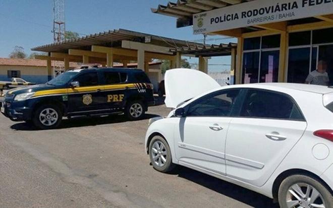 PRF recupera carro roubado vendido em site de classificados