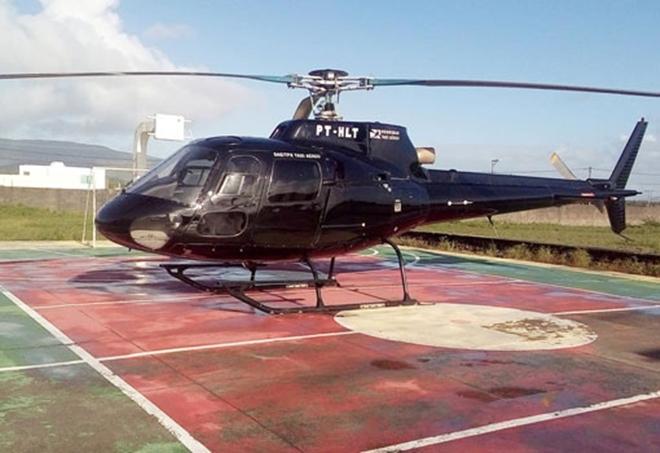Bahia: Helicóptero que transportava presidente da Assembleia Legislativa fez pouso de emergência em quadra de escola