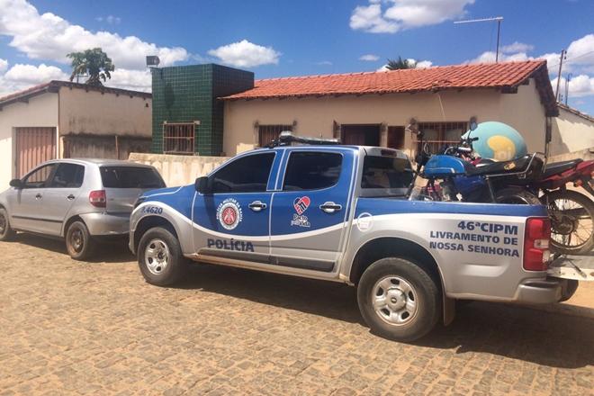 46ª CIPM  apreende veículo com restrição de furto/roubo e outro com licenciamento vencido em Iguatemi