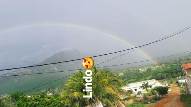 Após chuva, internautas registram 'arco-íris duplo' no céu de Livramento