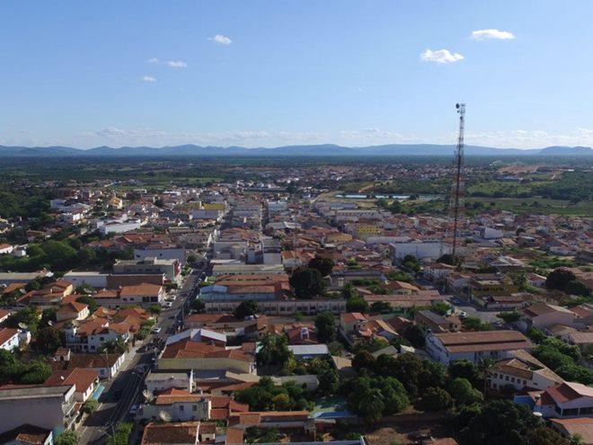 Livramento: Dupla promove arrastão e faz várias vítimas no centro da cidade