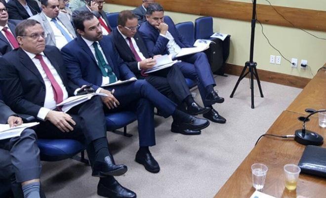 Mais de 11 mil terceirizados contratados do estado estão sem receber verbas referentes a rescisões salariais garante Deputado Luciano Ribeiro (DEM)