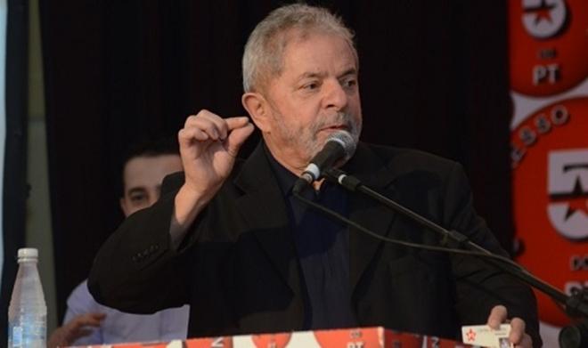Lula cita Rui Costa como nome viável para disputar a presidência em seu lugar