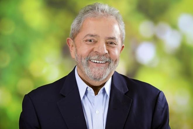 PT planeja lançar Lula como candidato à Presidência no 1º semestre de 2017
