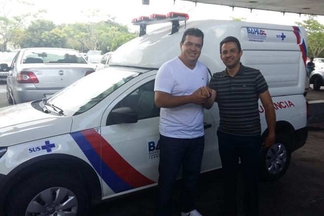 Prefeitura de Rio de Contas recebe nova ambulância para o município