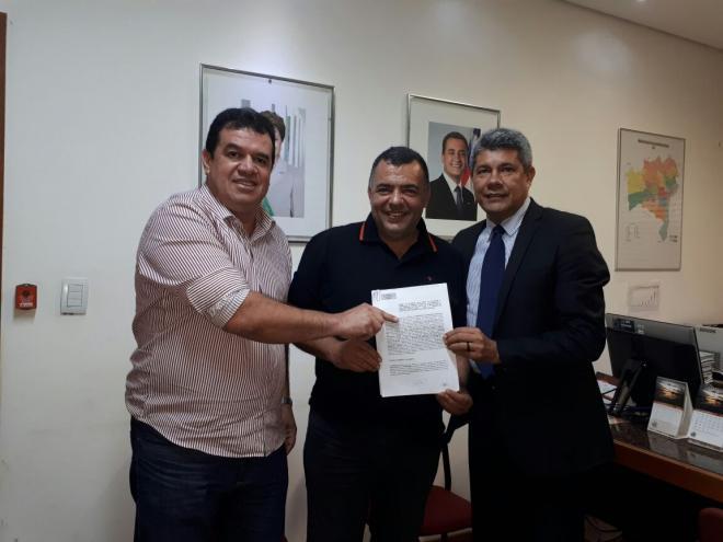 Salvador: Prefeito de Livramento participa de reunião com Secretários do Governo Estadual