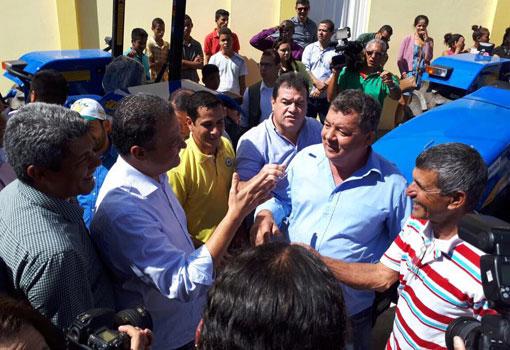 Deputado Marquinho Viana acompanha o governador Rui Costa em Guanambi