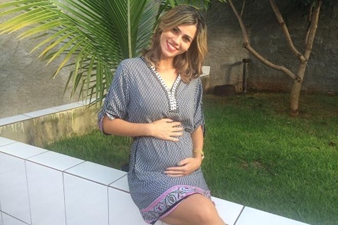 Jovem que perdeu quíntuplos logo após o parto ainda sonha em ter filhos