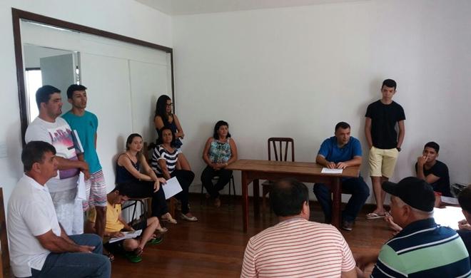 Prefeito de Livramento visita casa dos estudantes  em Vitória da Conquista e fala sobre apoio
