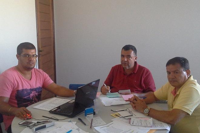 Livramento: Prefeito participa de reunião com Secretário de Educação