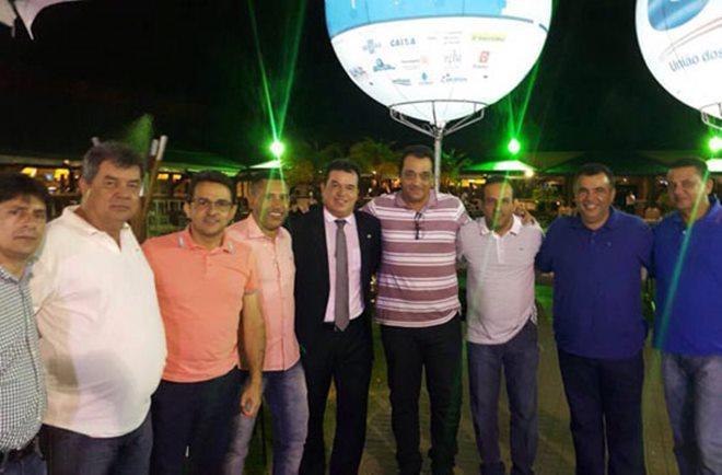 Ricardo Ribeiro e Cristiano Azevedo participam do 5º Encontro de Prefeitos da Bahia