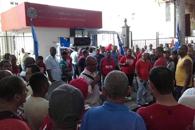 Reunião entre vigilantes e patrões termina sem acordo e greve é mantida