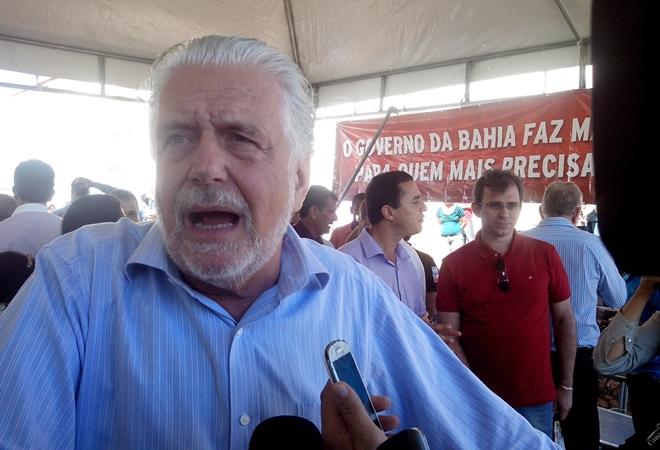 Wagner conta que deve ser candidato a deputado ou senador em 2018